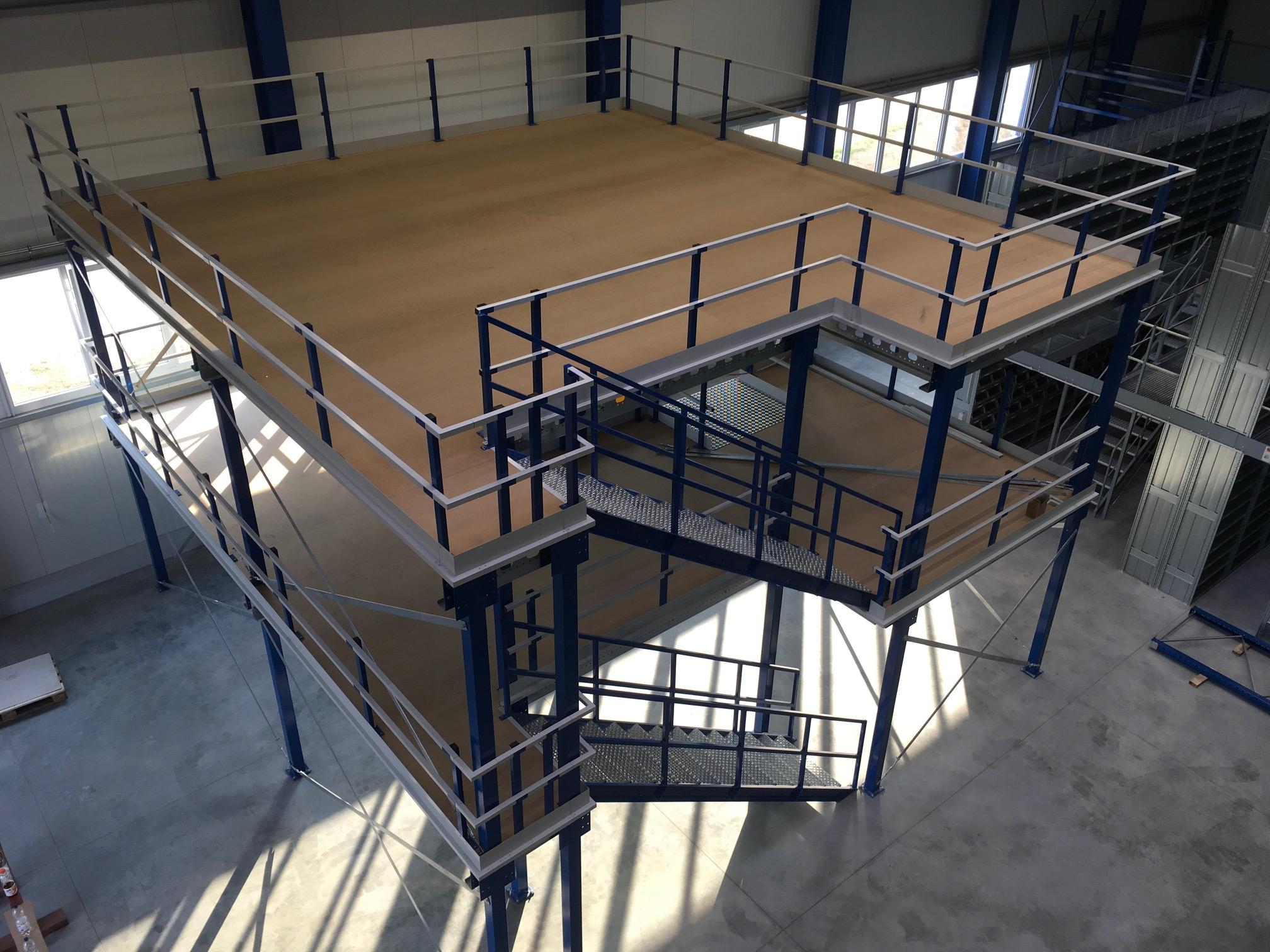 Entresolvloer met meerdere verdiepingen
